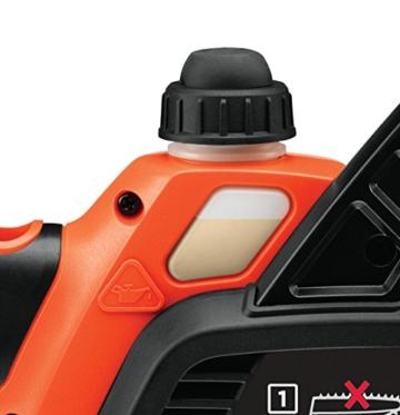 Black + Decker 18 V Lithium Akku-Kettensäge, 25 cm Schwertlänge, maximal Schnittleistung Durchmesser 180 mm, inklusive Lithium-Akku und Ladegerät, GKC1825L20 - 9